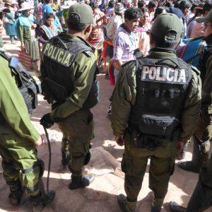 Tinku Fighting Festival policia.