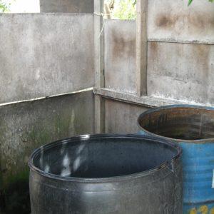 The shower barrels.