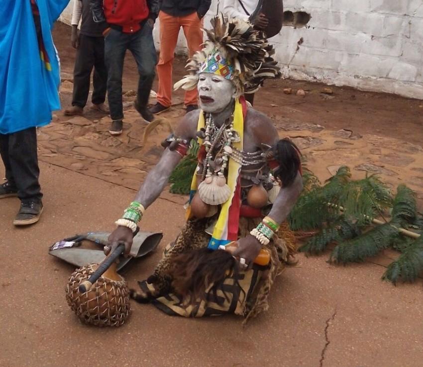 A Congolese fan.