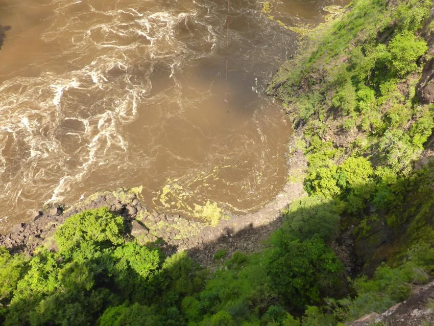 See that little dot? Yea, that is me swinging across the Zambezi River.