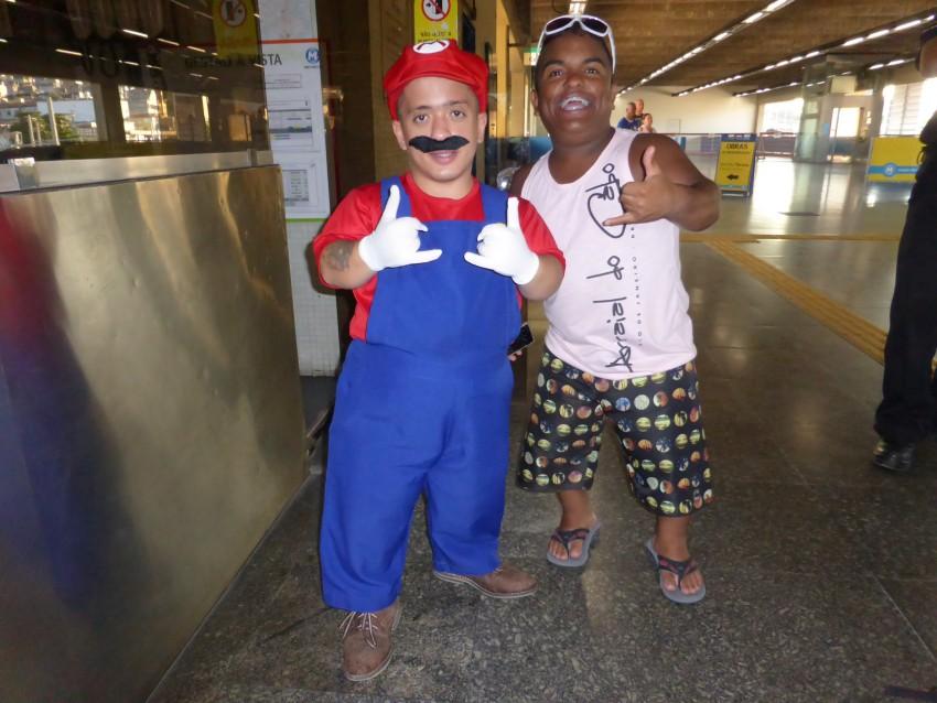 Rio de Janeiro Carnaval Parade E Samba Finale