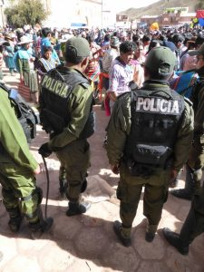 Tinku Fighting Festival policia.