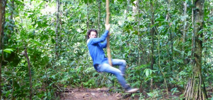 Rurrenabaque: Termites Taste Like Mint – Surviving the Amazon