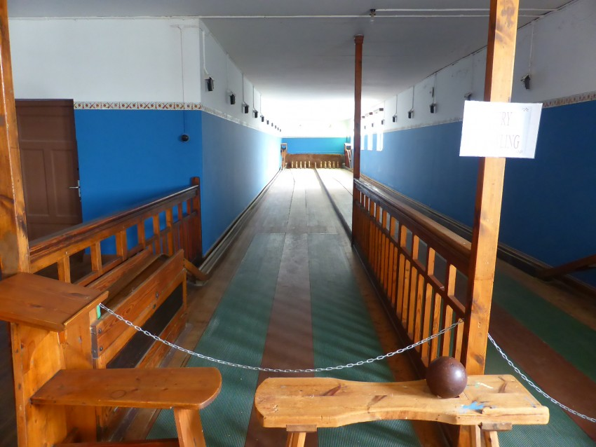 The Kolmanskop bowling alley, to keep the miners entertained.
